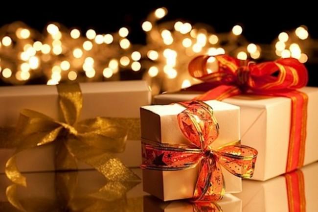 weihnachtsgeschenke-verpacken-rot-und-gold-kombination